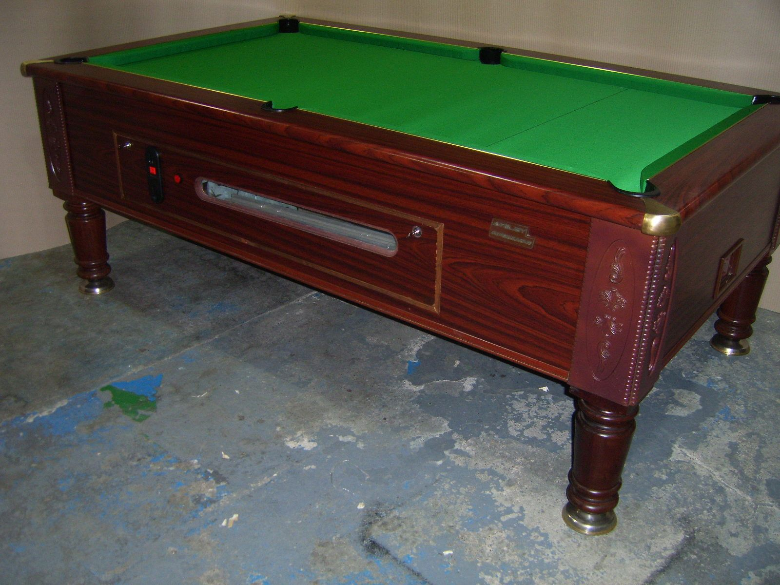 Riley imperial 7x4 slate bed pub pool table free play for Oak beauty pool table